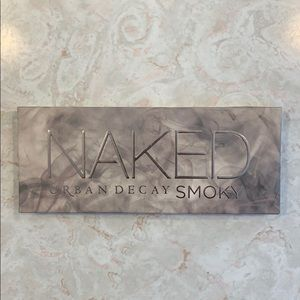 Urban Decay Naked Smoky Eyeshadow Palatte